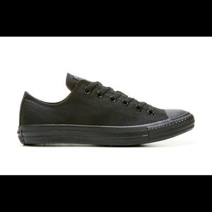 Converses- Chuck Taylor All Star Low Top Sneaker